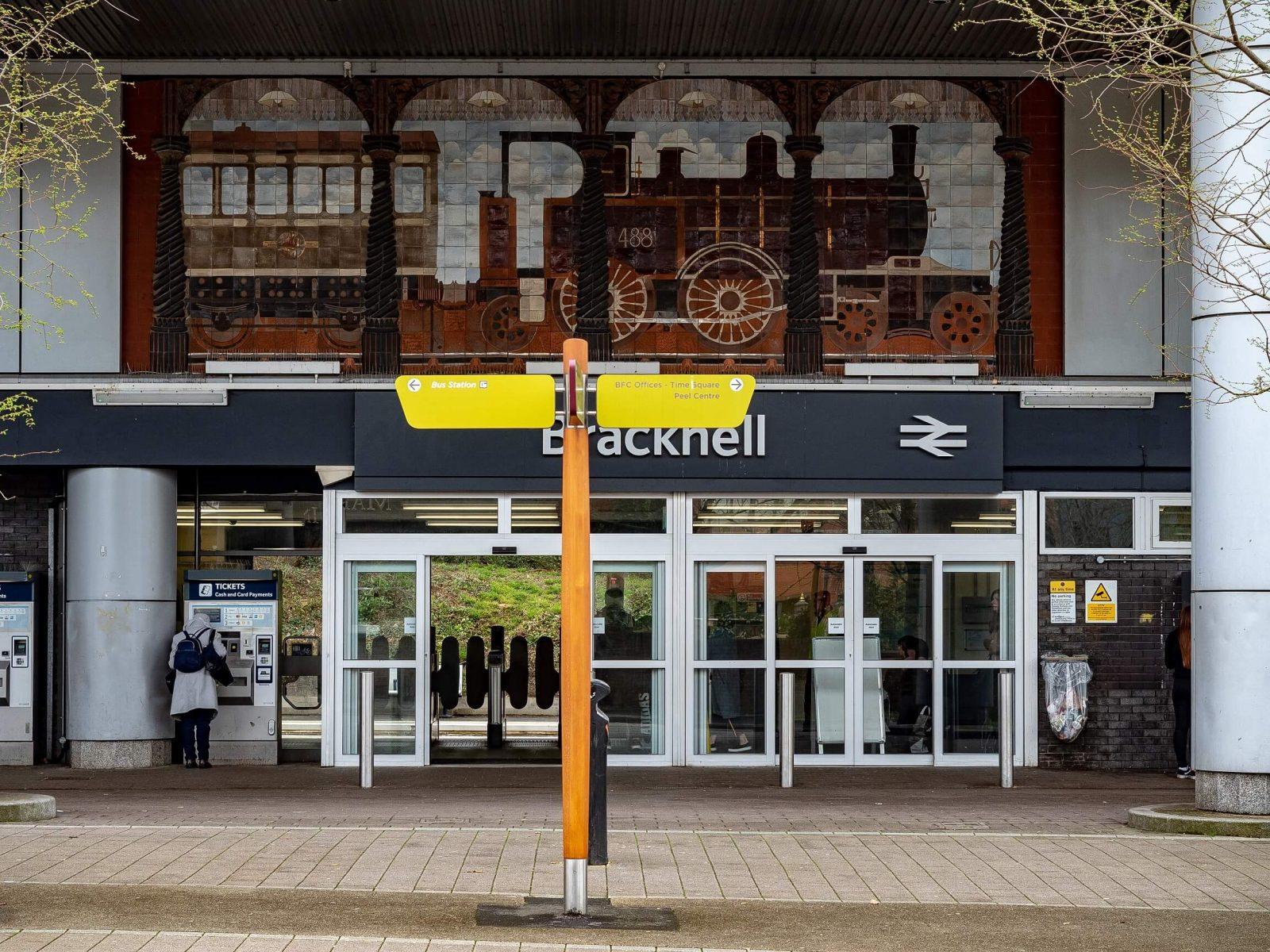 bracknell train station